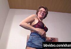 La señora Garett le hace una mamada a su jefe anime xxx en español latino